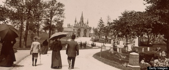 30th May 1899: Several people stroll up a path at the Green-Wood Cemetery, located at Fifth Avenue and Twenty-Fifth Street in Brooklyn, New York. (Photo by Museum of the City of New York/Byron Collection/Getty Images)
